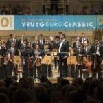 DEU, Deutschland, Berlin, 19.07.2019, Konzerthaus Berlin, Young Euro Classic 2019: Orquesta Sinfonica Nacional Juvenil (Dominikanische Republik), Dirigent: Alberto Rincon, Pate: Lederer, [@ Kai Bienert, Borkumstr.10, 13189 Berlin, Tel: 030 4719696, Mobil: 0171 5418507, Email: kb@mutesouvenir.com, www.mutesouvenir.com,  Bankverbindung: Deutsche Bank 24, BLZ: 10070024, KTO: 2067650, IBAN: DE83100700240206765000, BIC(SWIFT):DEUTDEDBBER, Finanzamt Berlin Pankow/Weissensee, StNr.:35/229/00156, UST-ID:DE137081101, NUTZUNG NUR GEGEN HONORAR UND COPYRIGHTNENNUNG!WWW.FREELENS.COM/CLEARING/]