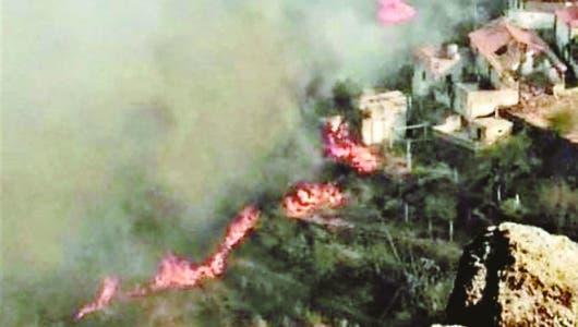 Más de 9 mil personas huyen de incendio forestal Islas Canarias
