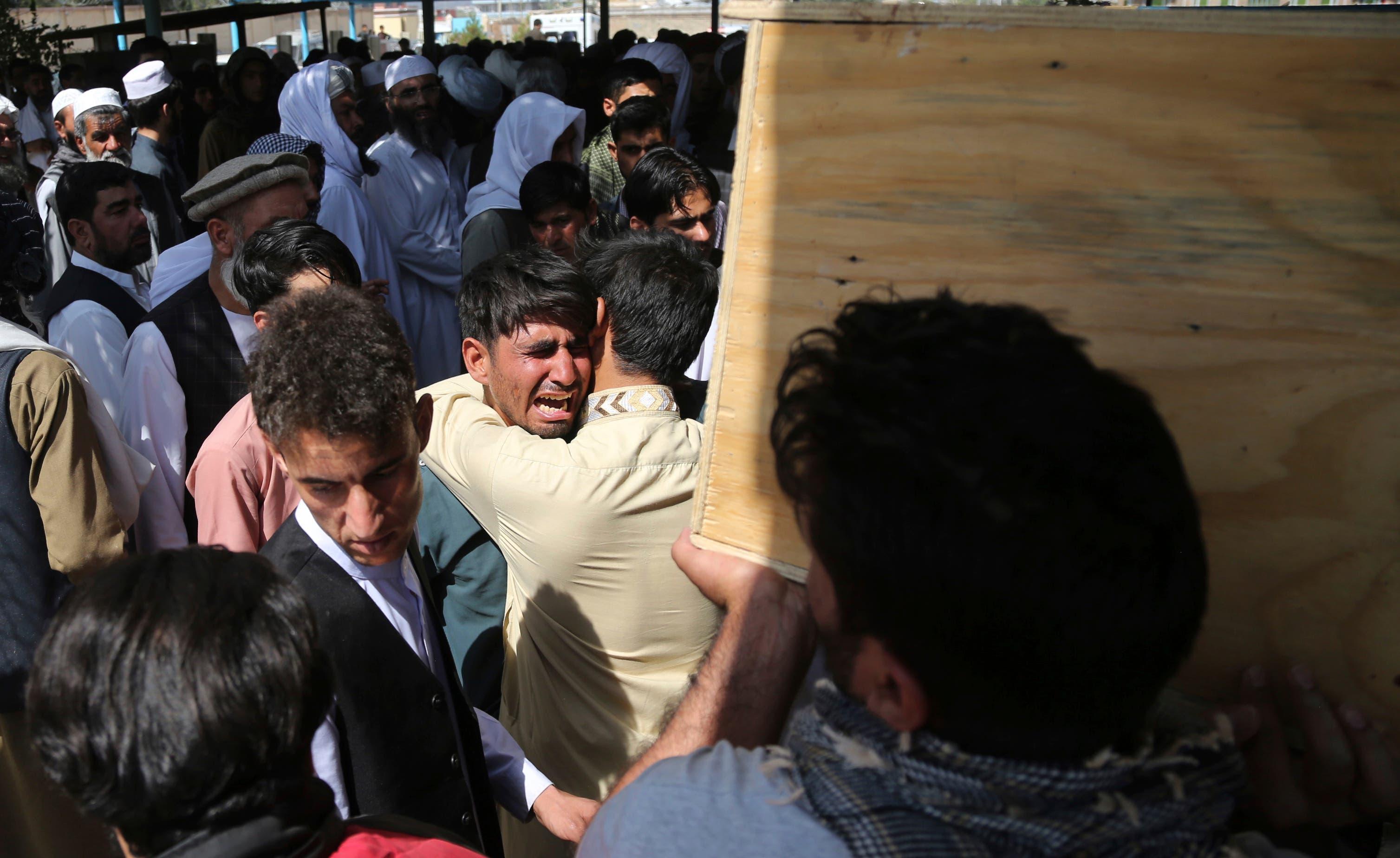 El Estado Islámico tiñe de rojo una boda en Kabul con un ataque que deja 63 muertos y 182 heridos