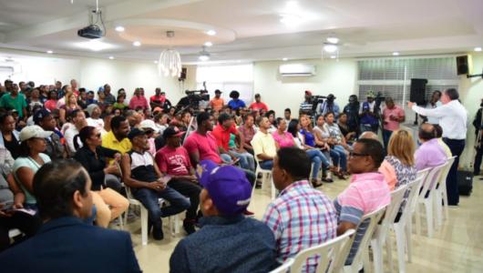 Amarante Baret dice educación ocupará lugar privilegiado en su gobierno