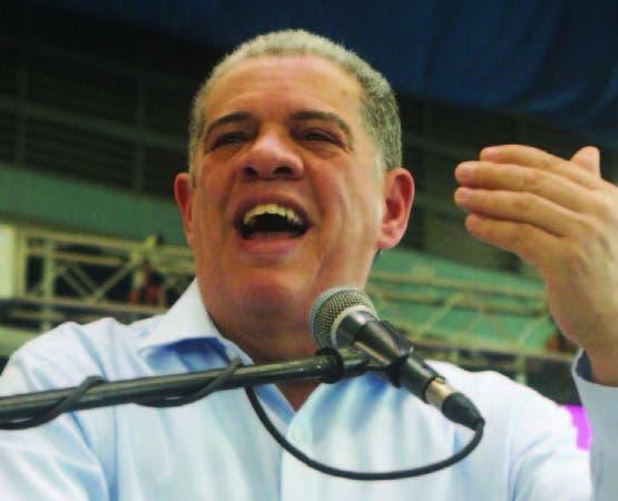 Carlos Amarante Baret hizo la denuncia ayer.
