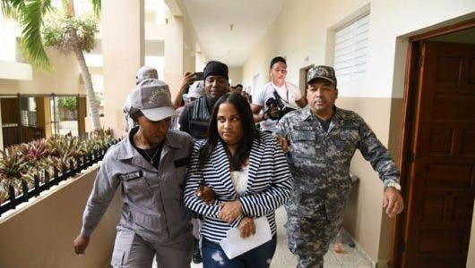 Caso droga en peluquería de Villa Vásquez: mandan para su casa a la exfiscal Carmen Lisset Nuñez y los agentes involucrados