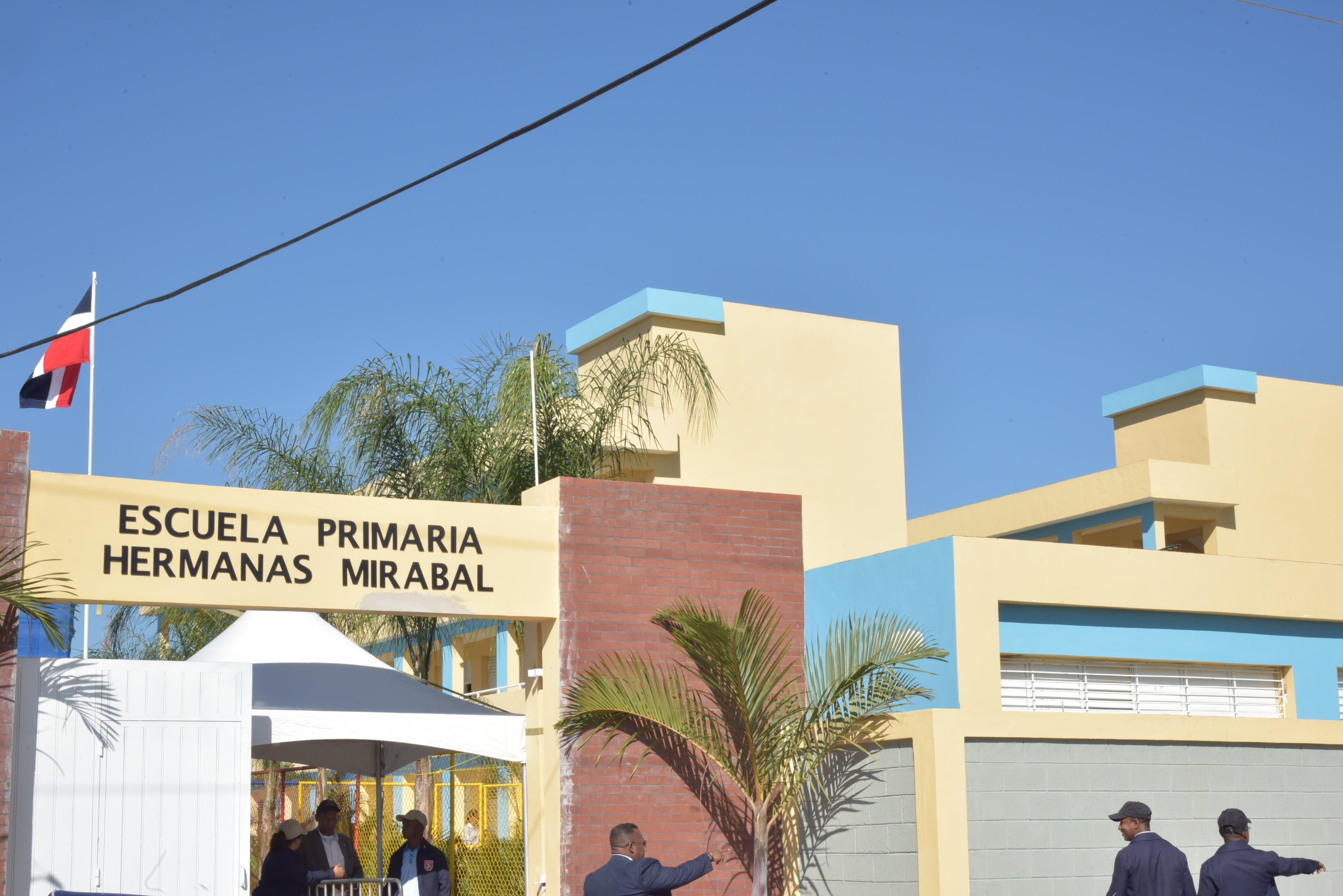 """Este lunes inicia la docencia en """"Aulas Específicas para la Inclusión Educativa"""" en la Ciudad Juan Bosch"""