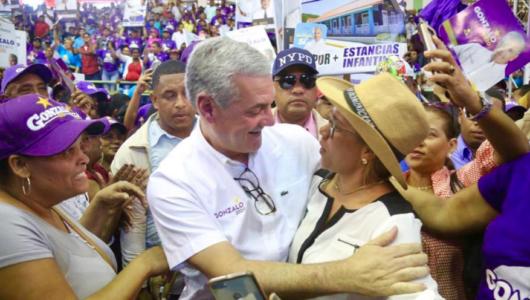 Gonzalo Castillo dice trabajará para ganar la confianza y el voto del pueblo