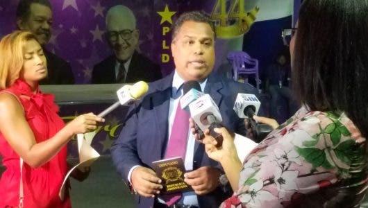 Precandidato a diputado Raúl Hernández promoverá donación de sangre tras alcanzar curul en el Congreso Nacional