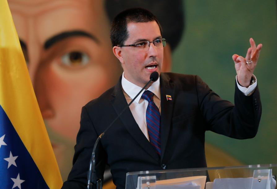 Canciller venezolano dice EEUU quiere que Venezuela sea territorio de guerra con Rusia y China