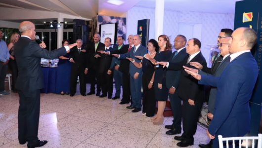 Asociación de Mayoristas de Provisiones de Santo Domingo juramenta directiva