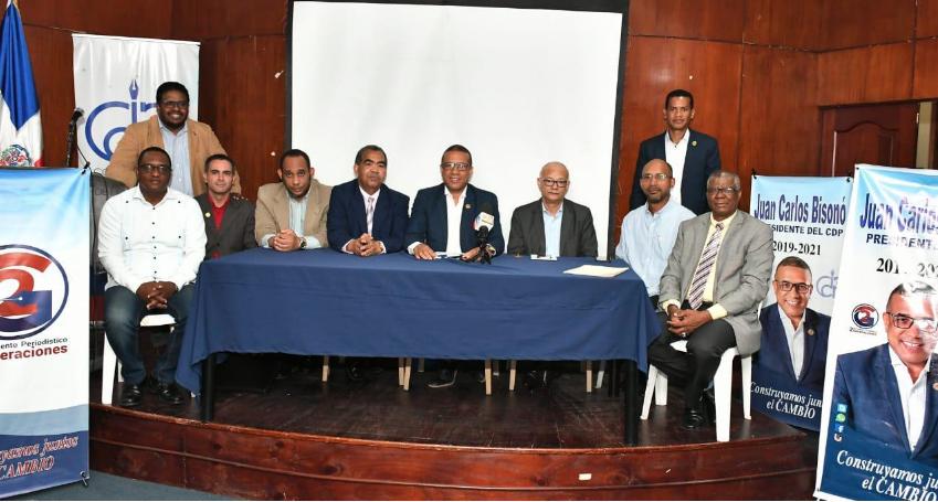 Ochoagrupacionesperiodísticas anuncian apoyo candidatura Juan Carlos Bisonó a presidencia del CDP