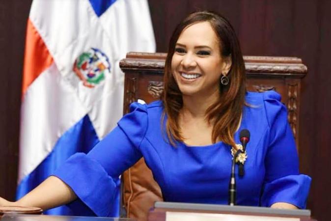 Presidente designa a Karen Ricardo como directora de Programas Especiales de Presidencia
