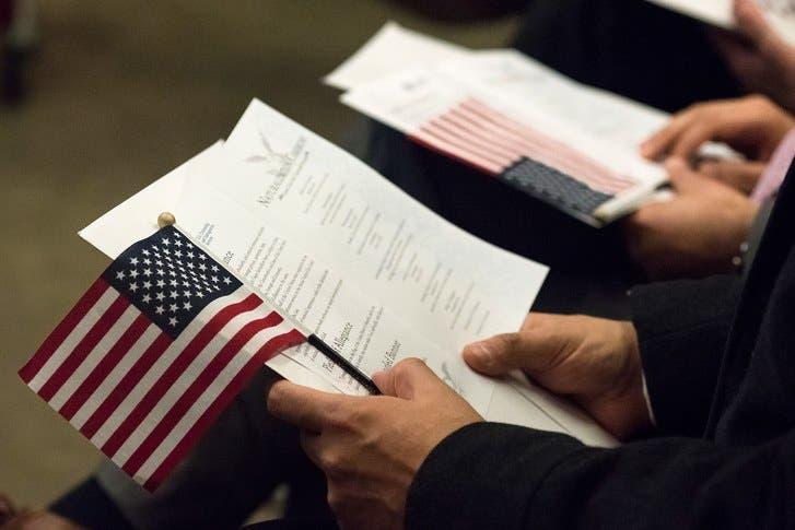 Hijos de diplomáticos de EEUU en extranjero no tendrán ciudadanía automática