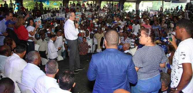 Luis Abinader promete unificar PRM y al pueblo para impulsar desarrollo en el país