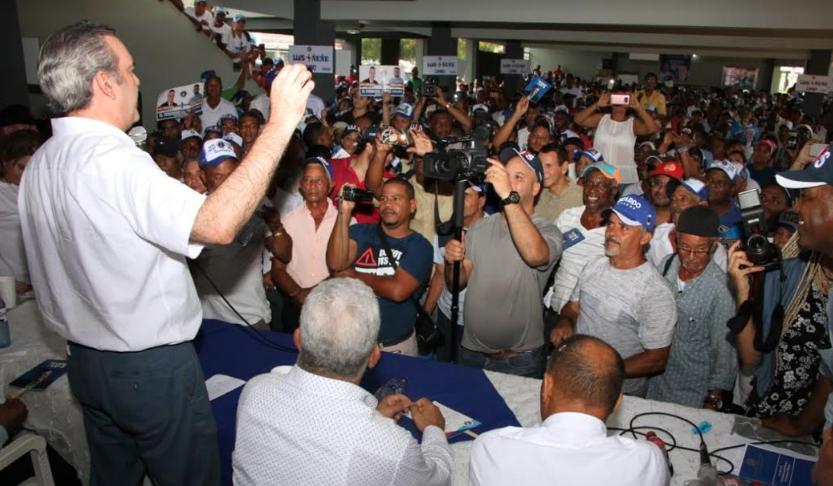 Luis Abinader promete gobierno decente con justicia igual para todos