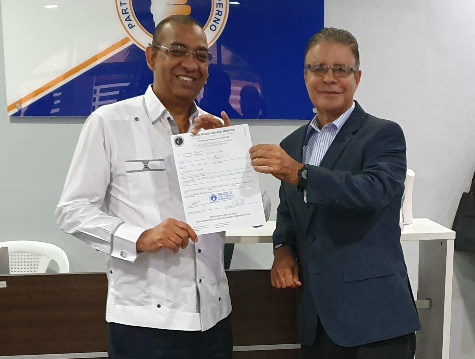 Luis José Chávez correrá como precandidato a diputado