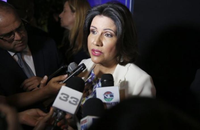 Margarita Cedeño dice reflexiona sobre su futuro político