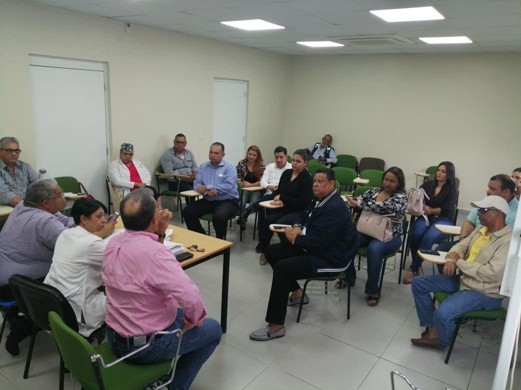 SNS dispone descongestión del hospital Arturo Grullón