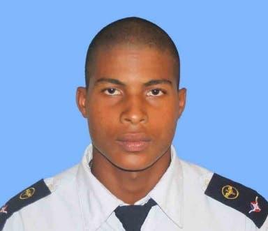Raso de la Fuerza Aérea se suicida mientras trabajaba en San Isidro