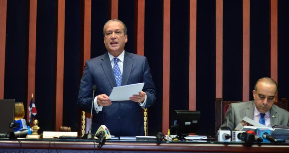 Ratifican a Reinaldo Pared Pérez en la presidencia del Senado
