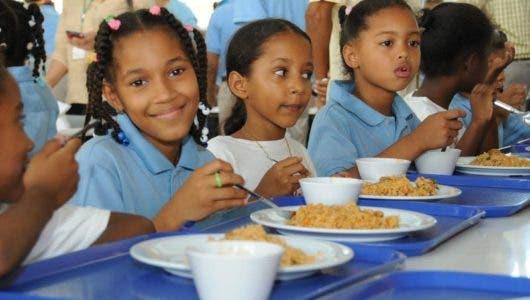 MINERD invertirá más de 26 millones para raciones alimenticias en las escuelas