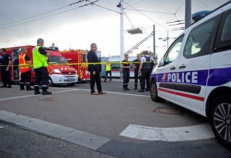 Un muerto y ocho heridos en un ataque con cuchillo cerca de Lyon, en Francia