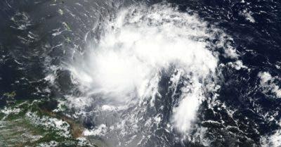 Dorian causa pocos daños en el mar Caribe y se dirige a EEUU mientras reúne fuerza