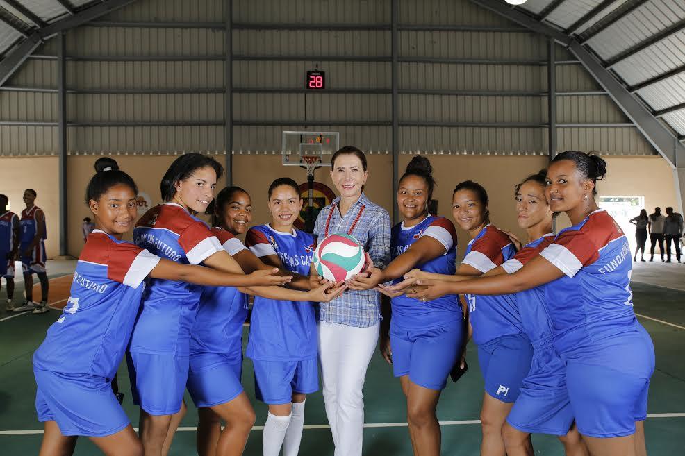 Fundación Sur Futuro inaugura polideportivo en la comunidad de Padre las Casas