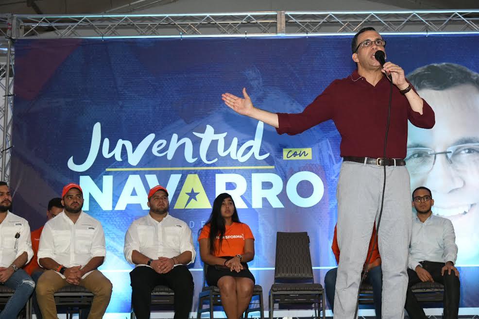 Andrés Navarro dice su gobierno impulsará la autogestión y el desarrollo económico