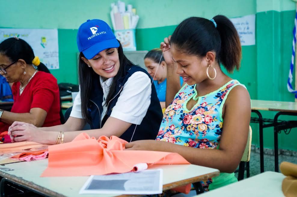 Judith Cury promueve la creación de nuevos proyectos para la estimulación productiva de las mujeres en San José de Ocoa