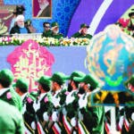 Tehran (Iran (islamic Republic Of)), 22/09/2019.- A handout photo made available by Iranian presidential office shows Iranian President Hassan Rouhani (top-c) watch as Iranian soldiers during the annual military parade marking the Iraqi invasion in 1980, which led to an eight-year-long war (1980-1988), in Tehran, Iran, 22 September 2019. Media reported that Rouhani said that he would present cooperation plan for peace in the region to the UN during the summit in New York. (Nueva York, Teherán) EFE/EPA/IRANIAN PRESIDENT OFFICE / HANDOUT HANDOUT EDITORIAL USE ONLY/NO SALES