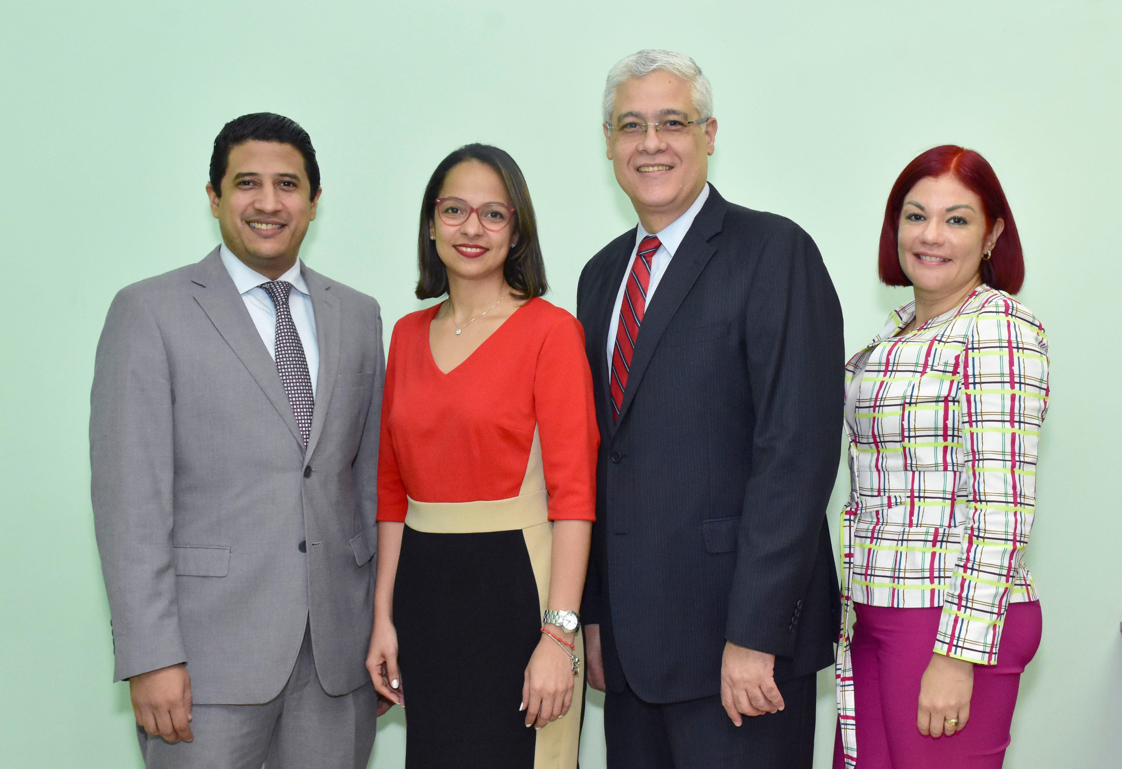 CONFISA ofrece taller a sus clientes sobre estabilidad financiera y familiar