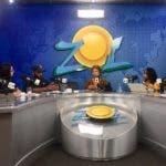 Rosario Espinal junto al equipo del programa El Sol de los Sábados