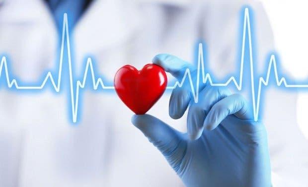 Cardióloga del Moscoso Puello llama a llevar una vida sana para prevenir problemas del corazón