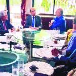 Pleno JCE sostiene reunión con expresidente y precandidato presidencial Hipólito Mejía.Fuente Externa/19/09/19.