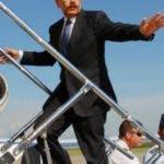 El presidente de la Repùblica licenciado Danilo Medina Sànchez viaja hoy hacia Ecuador a la juramentaciòn de su homòlogo Rafael Correa. Hoy/ Fuente externa 23/05/2013