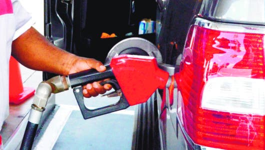 Precios de los combustibles disminuirán entre RD$1.70 y RD$5.40