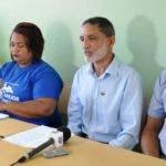 La asociación dominicana de profesores filial Santiago denunciaron en rueda de prensa que no había condiciones para el inicio del año escolar. Hoy/ Wilson Aracena.