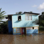 El Centro Nacional de Huracanes emitió hoy un aviso de vigilancia para las islas de Trinidad y Tobago/EFE