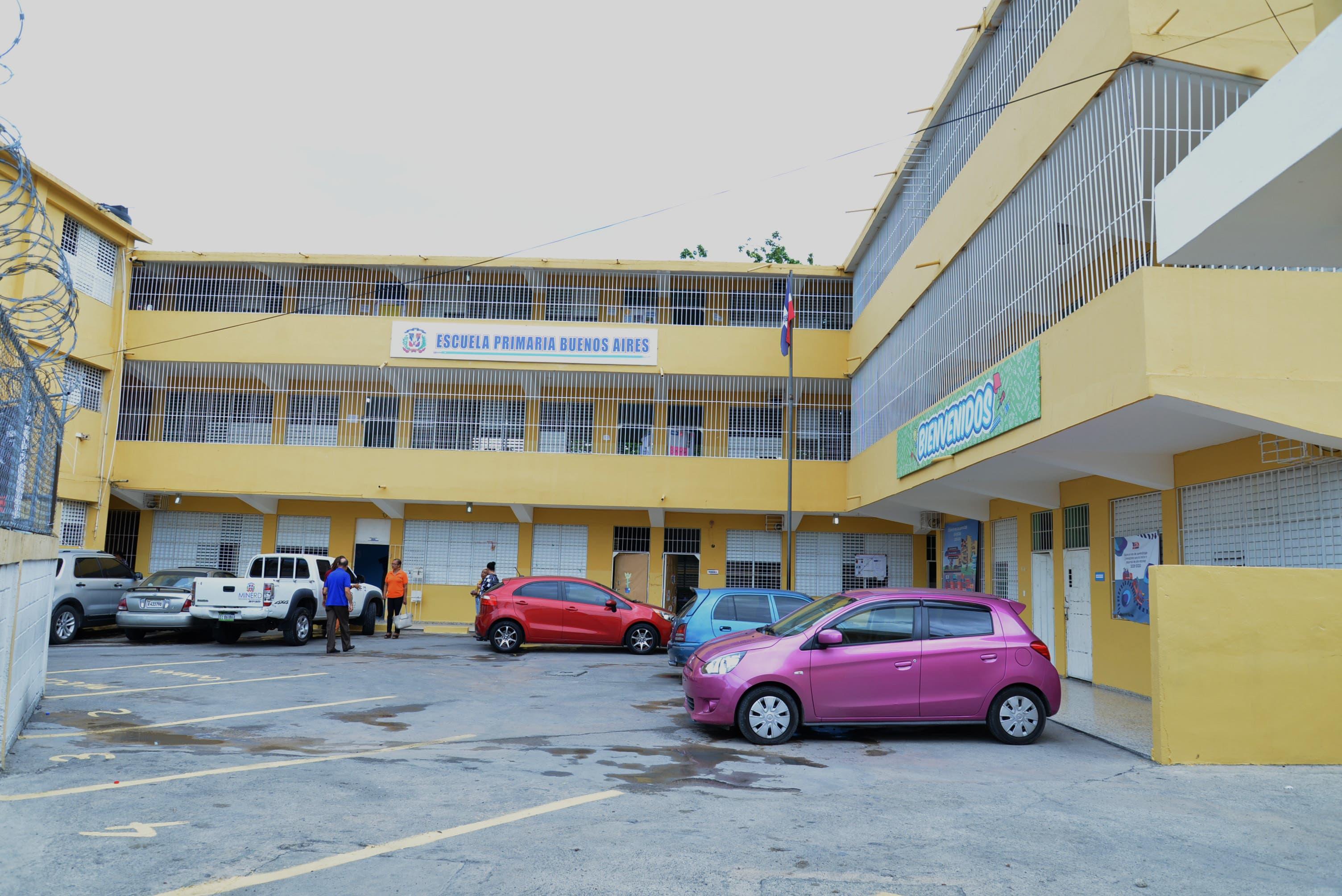 Comprueban escuela del sector Herrera está apta para continuar docencia