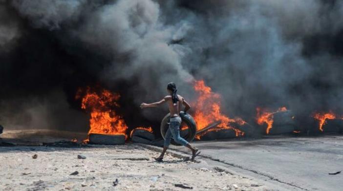 La tormenta perfecta que apaga las gasolineras de Haití y enciende las calles
