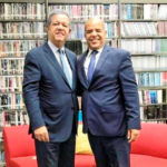 Ex presidente Leonel Fernández y Casimiro Ramos.