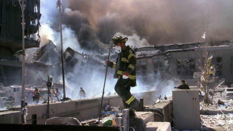 La llaman enfermedad del World Trade Center o del 11-S, Pero en los últimos años ha habido una creciente concientización sobre el sufrimiento de otro grupo de personas relacionada a la tragedia: los bomberos, policías y otros socorristas que murieron o se enfermaron tras estar expuestos a los escombros y toxinas en el aire de la zona.