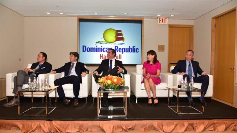 Rueda_De_Prensa_Situación_Turística_RD_Panel