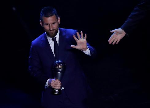 "Messi gana el ""The Best"" a mejor jugador del año Milán"