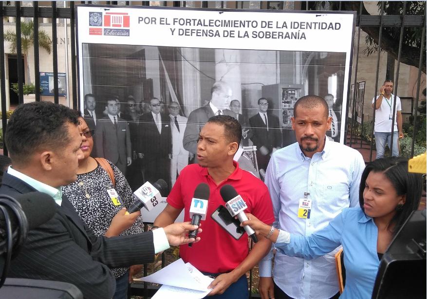 Técnicos docentes sin ratificar piden hablar con ministro de Educación