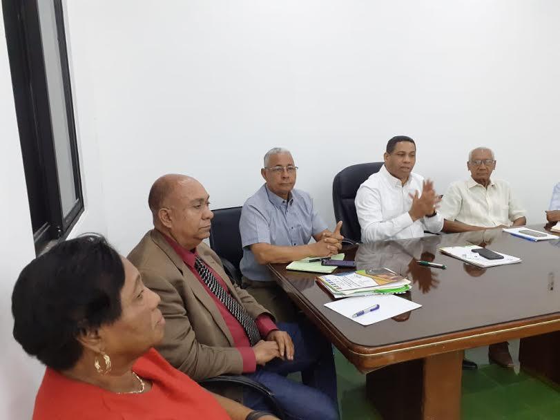 Trajano Santana pide a las fuerzas políticas garantizar la paz y la tranquilidad del país