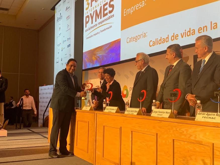 Programa RSE de HanesBrands Caribe recibe premio internacional