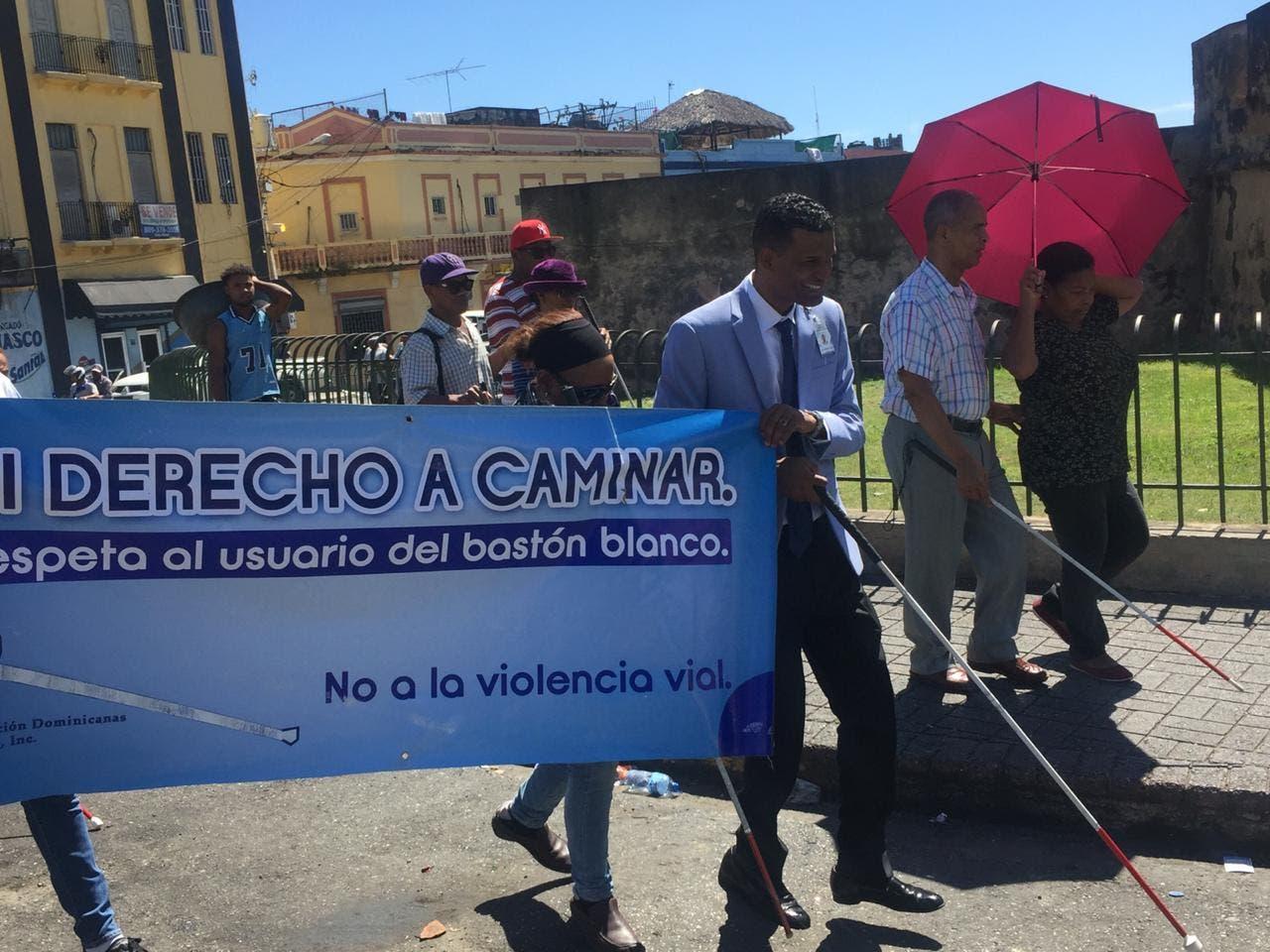 Organización Dominicana de Ciegos realiza marcha