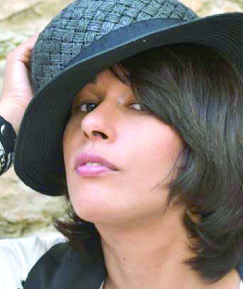 Rosa Silverio: ¿A quién pertenece ese yo de tu poemario Invención de la locura?