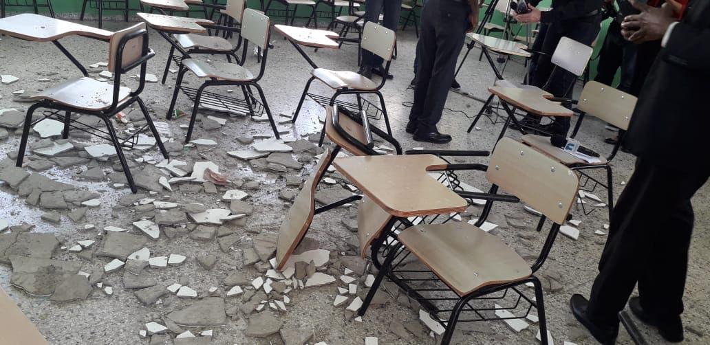 Se mantienen estables las cinco niñas ingresadas tras caerle empañete de techo en liceo de Sabana Perdida