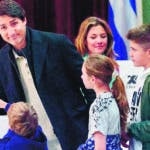 Montreal (Canada), 21/10/2019.- Canadian Prime Minister and Liberal Party leader Justin Trudeau casts his vote with his family Sophie Gregoire his daughter Ella Grace (C) and his sons Xavier (R) and Hadrien (little) at the polling station during the country's 43rd general election day in Montreal, Quebec, Canada, 21 October 2019. (Elecciones) EFE/EPA/VALERIE BLUM