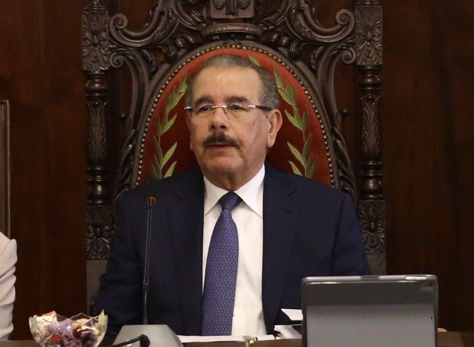 Los primeros mensajes de condolencias por el fallecimiento de Juan Pablo Medina, padre del presidente Danilo y la diputada Lucía